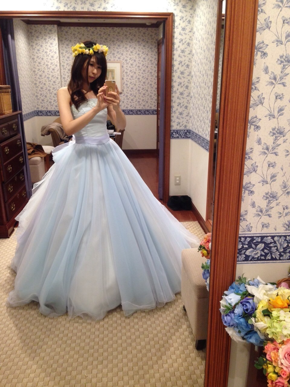 初めてのドレスの試着(1)タカミブライダル